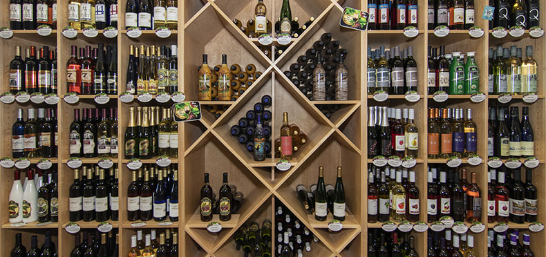 retail-store-wine-collection-photo